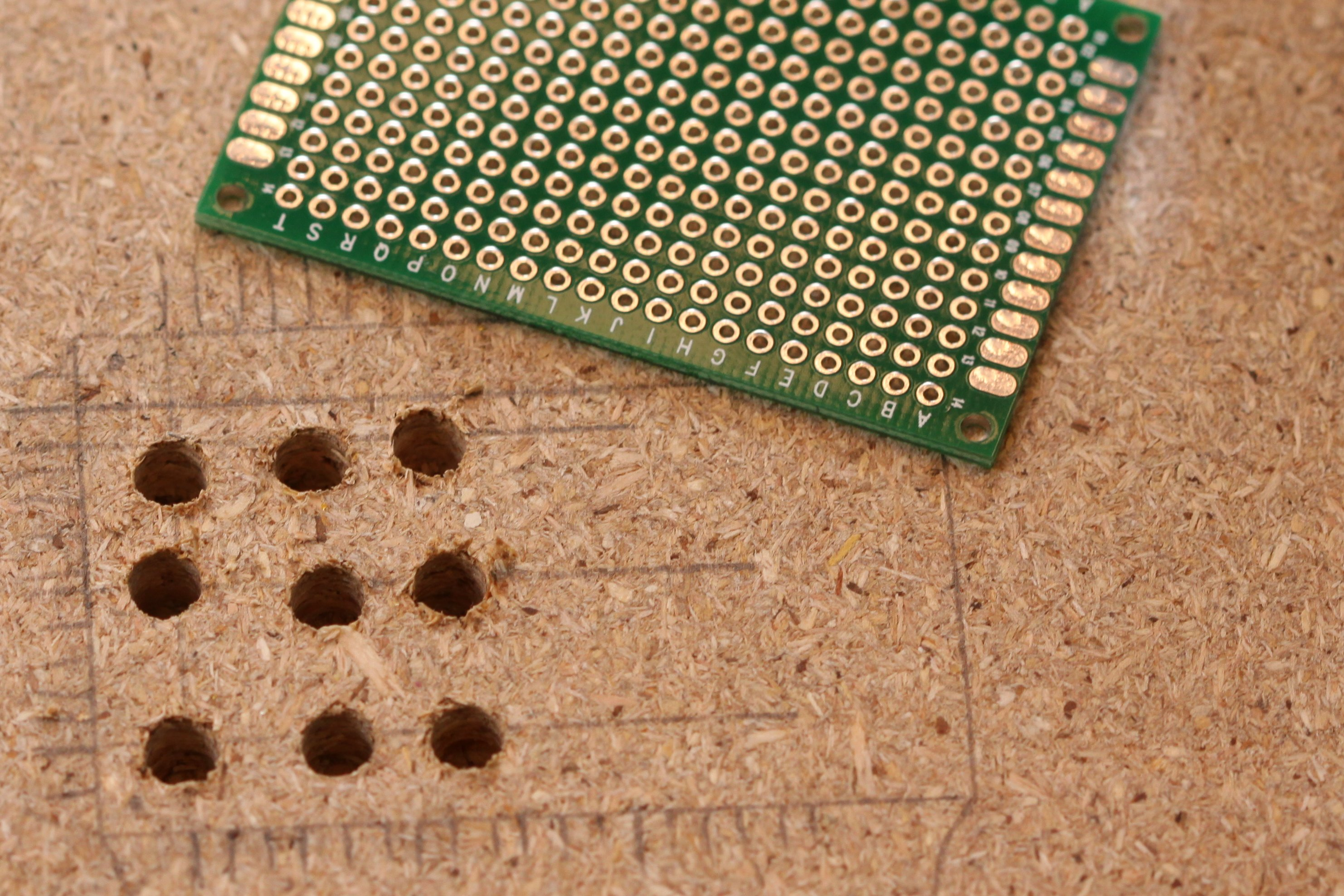 Shift Register Freedom Electronics And Tech Breadboard Circuit The Small With Also Contains A 100 Ohm Resistor For Each Pin Including Output